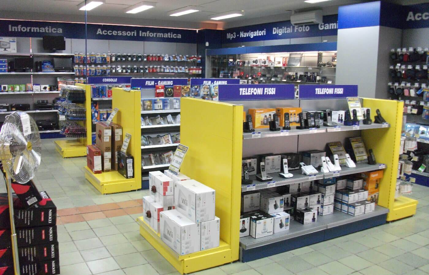 arredo-negozi7