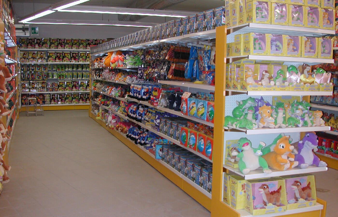 arredo-negozi2